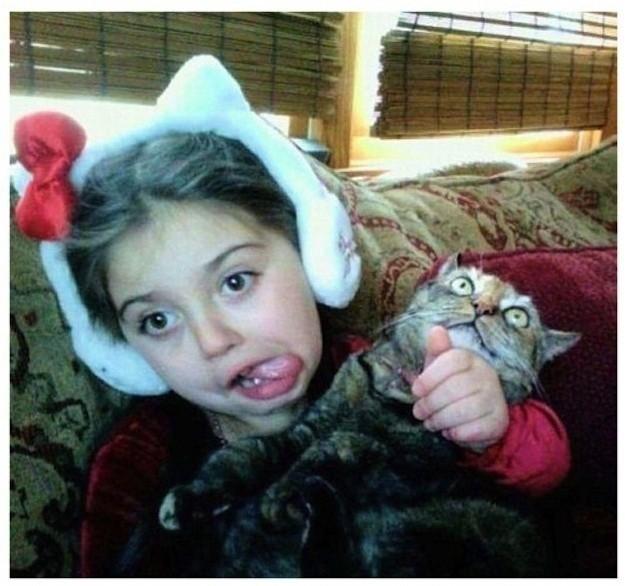 Коты, которые живут в семьях с маленькими детьми попадают в рай без очереди. котики, прикол, фото, юмор