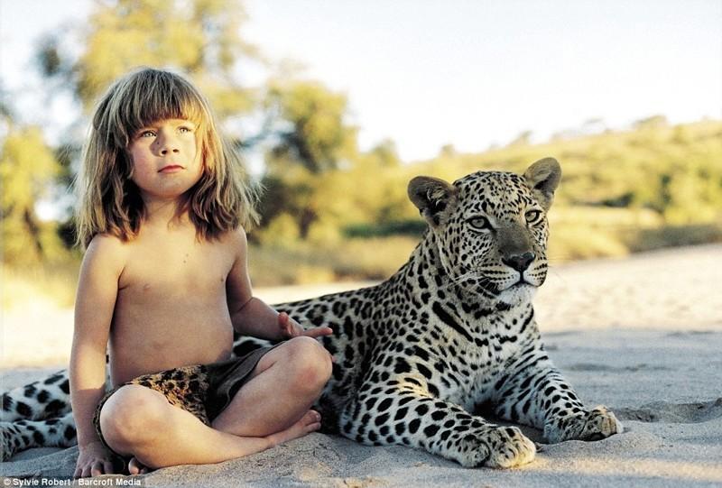 Потрясающие фото: лучшие друзья девочки-Маугли —слоны и леопарды африка, маугли, ребята и зверята, фотографии животных