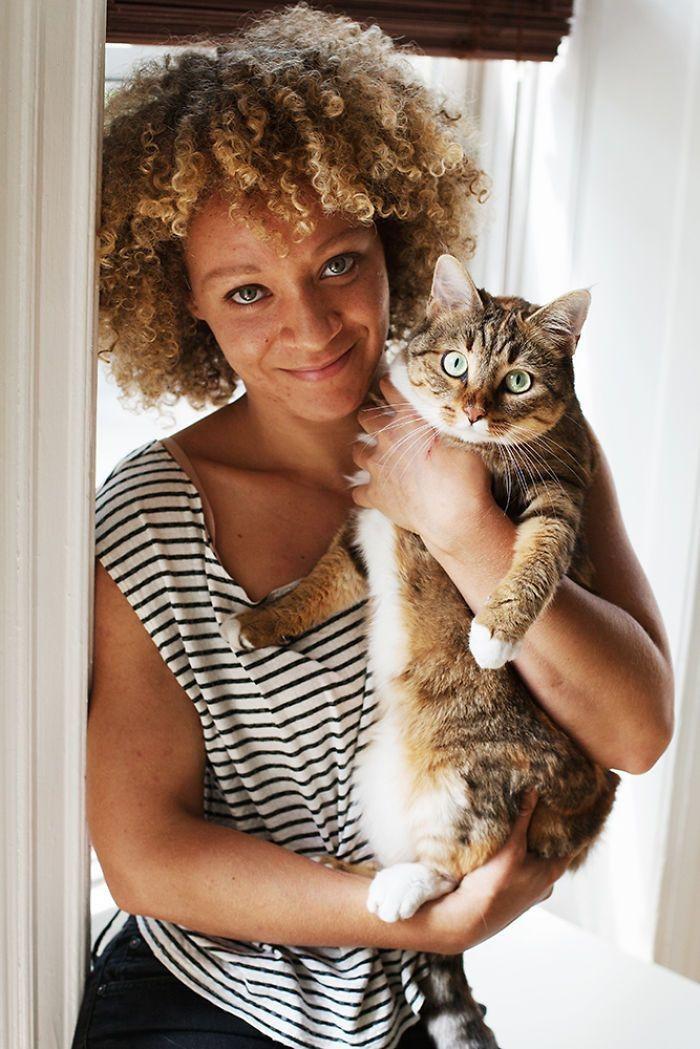 Жанин и Бижу девушки, животные, коты, фотопроект