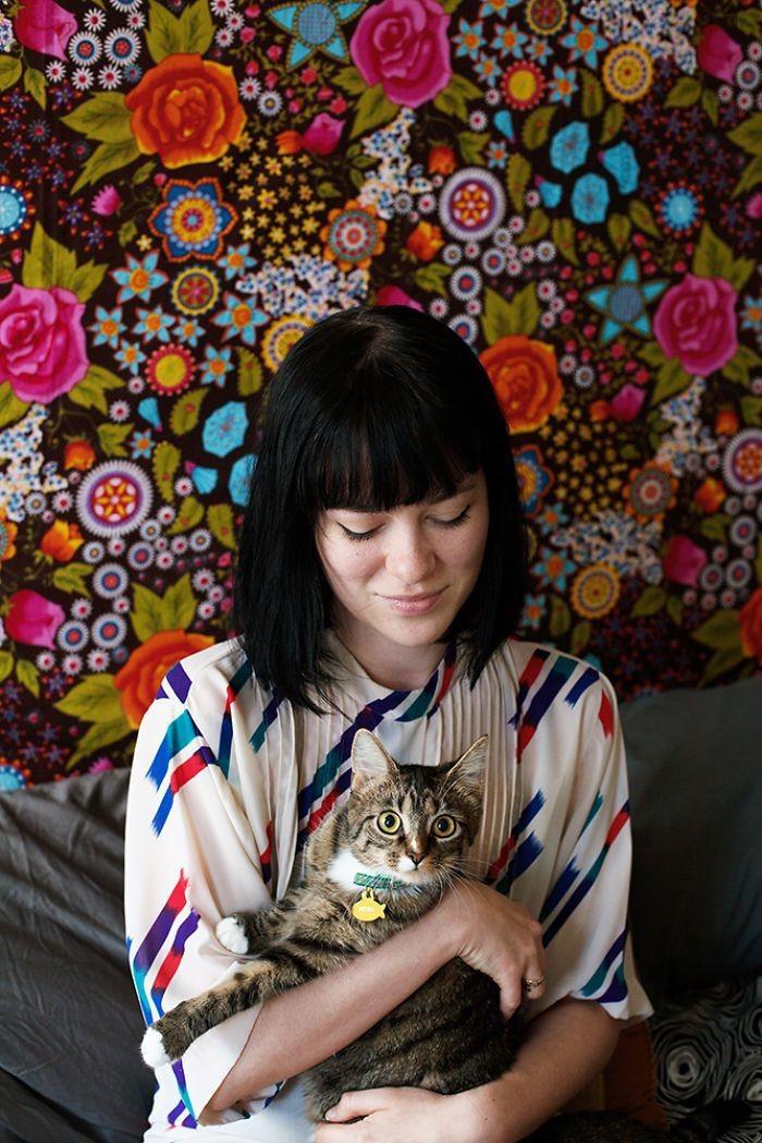 Бриджетт и Петра девушки, животные, коты, фотопроект