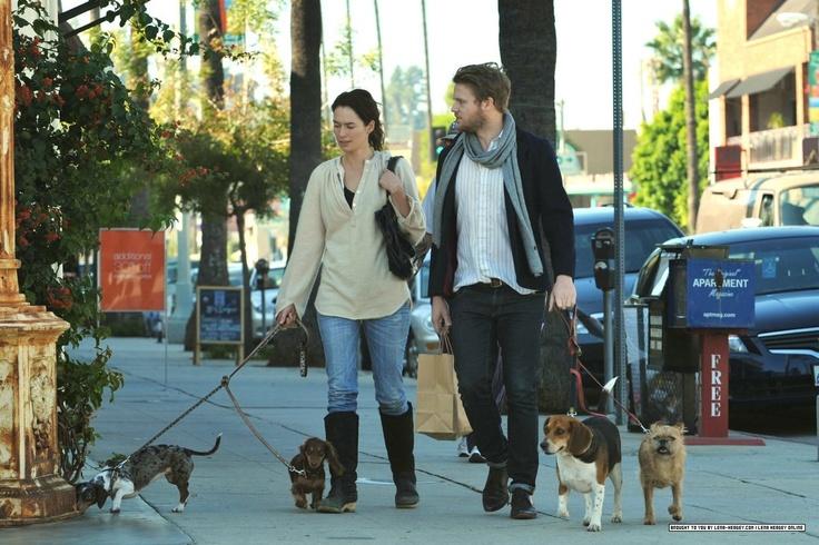 """Каждому свой лютоволк: актеры из """"Игры престолов"""" и их собаки знаменитости, собаки, фото"""